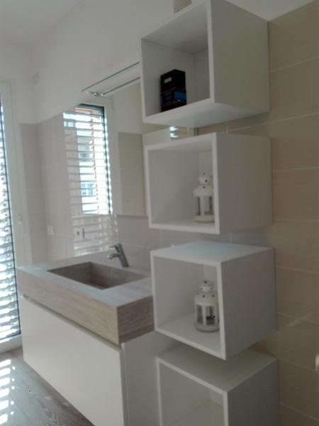 Mobili bagno Como Seregno – Pensili specchi sanitari arredamento ...